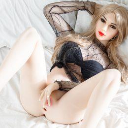 Lebensechte sex puppe